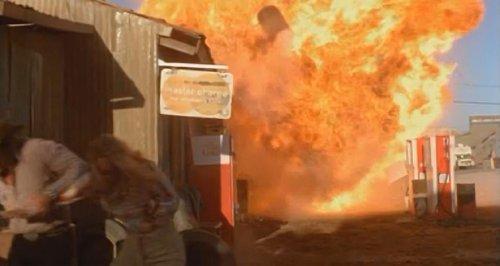 Tarántula (1977) - Explosión